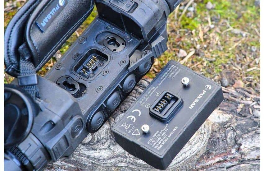 Pulsar Helion XP50 Thermal Imaging Monocular charger